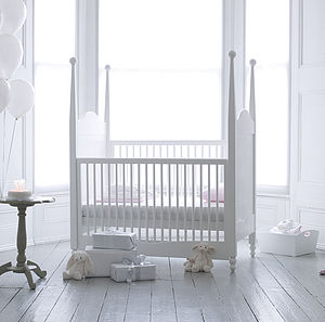 Attirant Looking For Something Different For The Centrepiece Of The Nursery? Weu0027ll  Bet None Of The Nurseries In Your Neighbourhood Will Have A Cot Quite As  Stylish ...